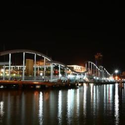 harbour-area-at-night